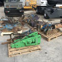 Hydraulické kladivá na traktorbagre 12 ks skladom